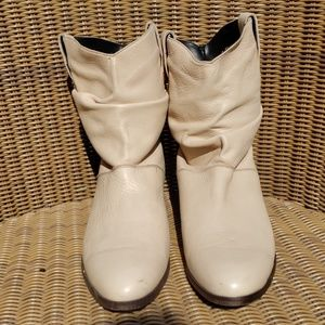 Dingo sz 8 buttery soft western style boots
